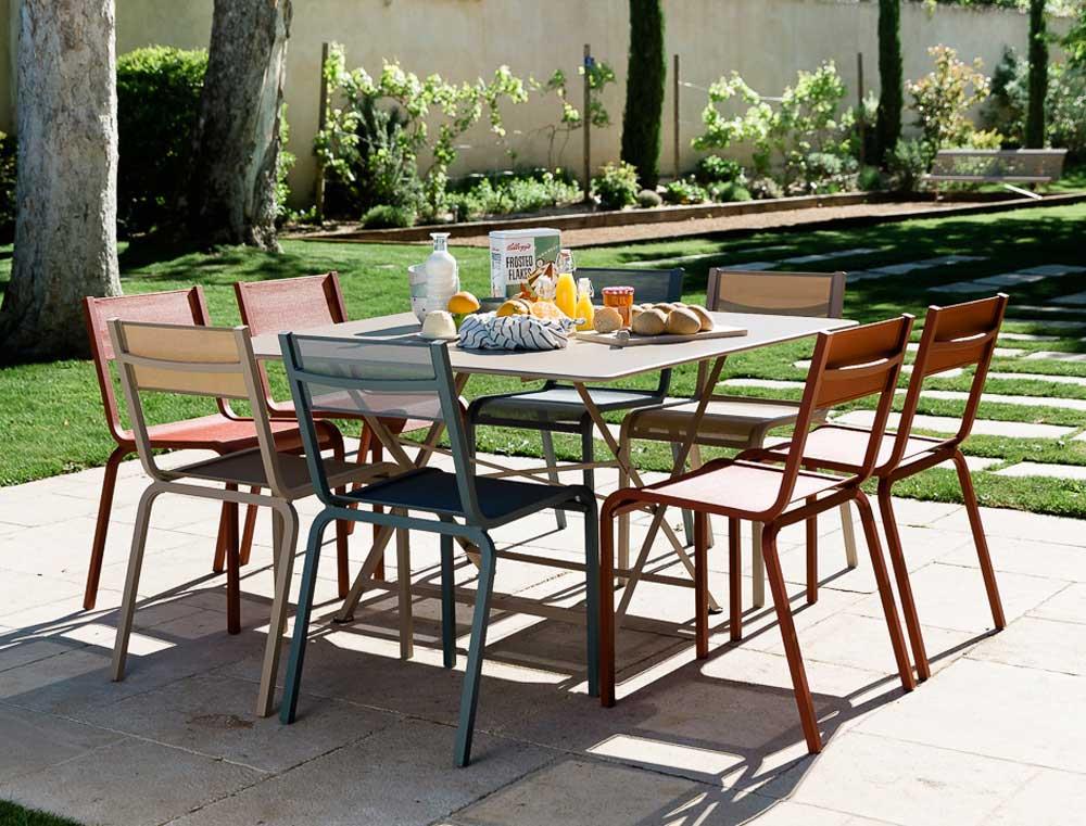 Garden furniture three ways jardin - Table cargo fermob occasion ...
