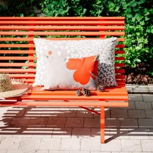 Louisiane Bench in vibrant Carrot.