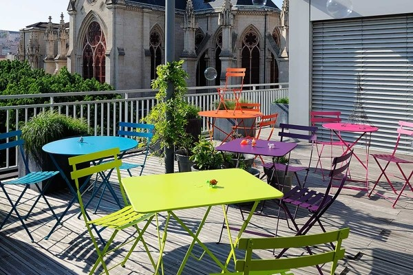 A Colourful Vista In The Heart Of Paris