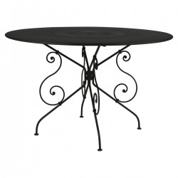 1900 Table Round 117cm from the 1900 Garden Furniture collection